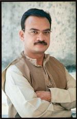 Manish Kashinath Potdar - Palm reader
